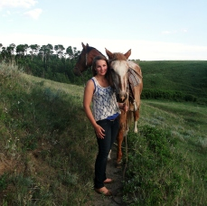 aiyana jane and her horses misty and lina