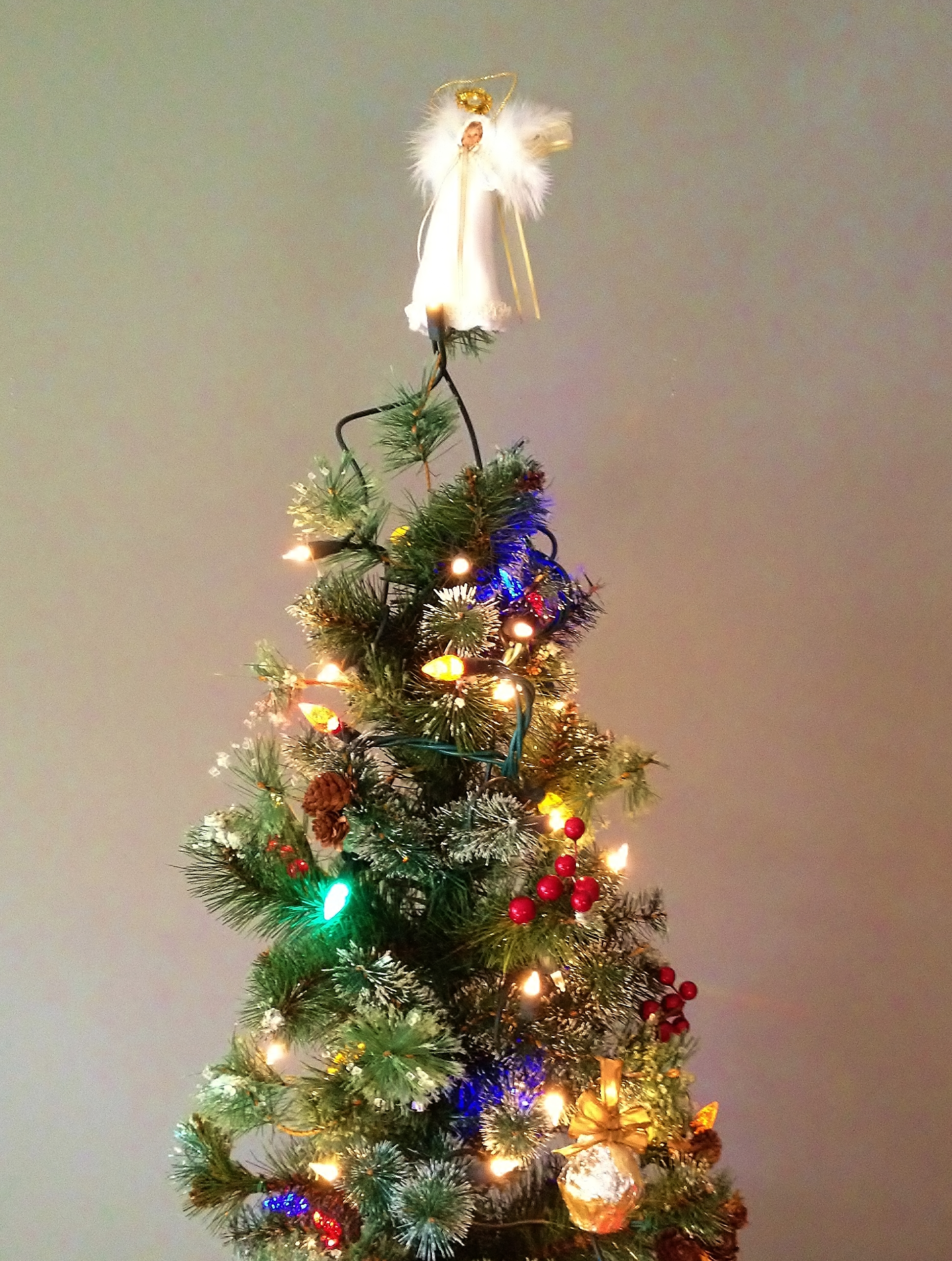 Top 28 Hanging Christmas Tree Made Of Ornaments