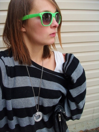 neon green ray ban wayfarers, diamond pendant necklace