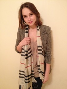 mixing prints, check scarf, tweed blazer