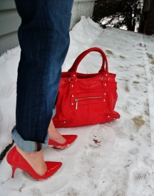 Cuffed Mavi boyfriend jeans with coral Guess stillettos and Aldo bag.
