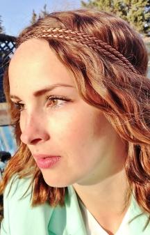 hippie hair, beach waves, bronze braid and natural makeup
