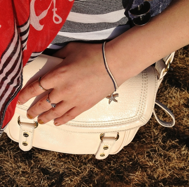 Nude and Gold  details - starfish bracelet, gold rings. Cross Body Bag