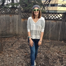 slouchy grey stripes, skinny jeans, converse, beanie and wayfarers