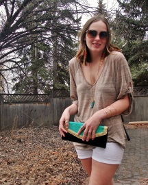 summer style - stacks of jewelry, mint and gold glitter color block clutch