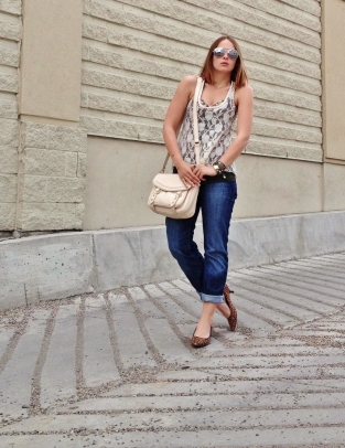 casual summer style - floral, leopard, lace, boyfriend jeans