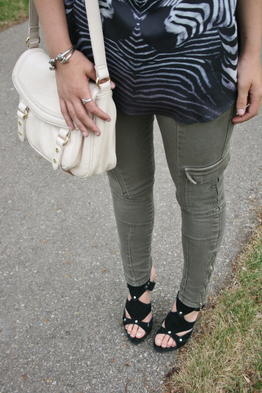 cargo skinnies, cage sandals, bone cross body bag and silver jewelry
