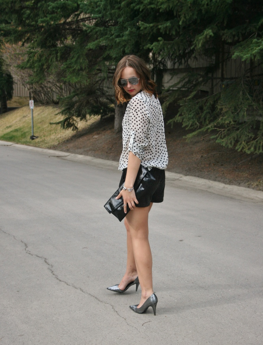 metallic shoes, sunnies and patent clutch
